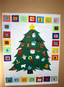 The Ultimate Advent Calendar with detailed instructions and free printables